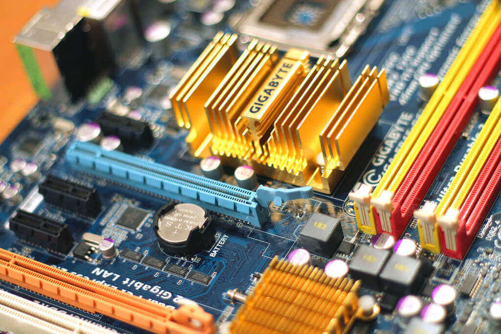 install a pc motherboard